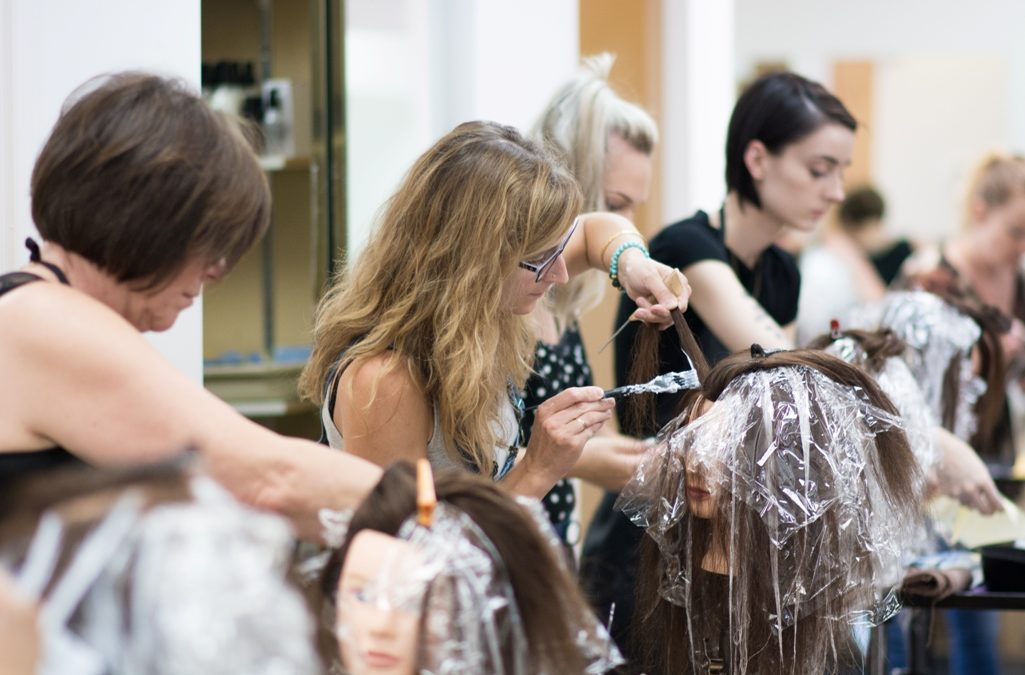 What's the Difference Between Balayage & Ombre?